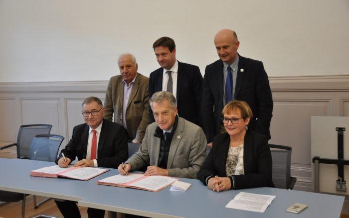 Signature du Contrat Local de Santé